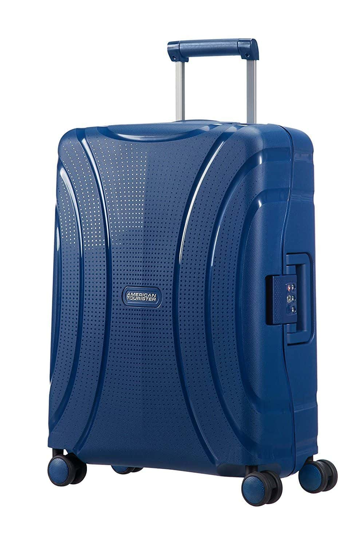 04f713a9236084 Salendo un po' con il budget troviamo più o meno la stessa larghezza (55 cm)  e la stessa capacità (37 litri) ma un modello marchiato American Tourister,  ...