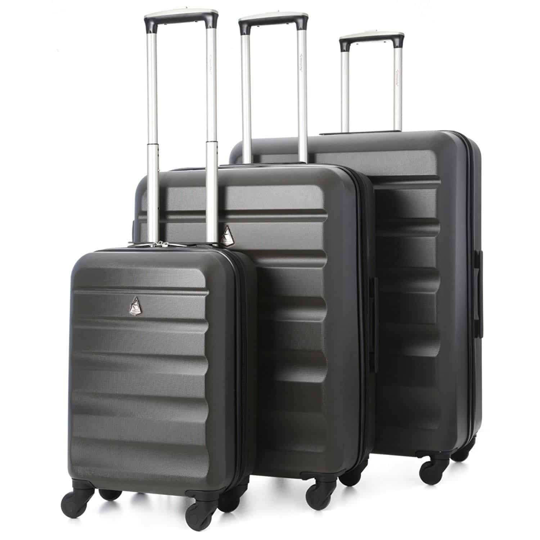 f10e9b9ded Aerolite propone una comoda soluzione per tutte le vostre esigenze di  viaggio in auto. Non sapete quanti effetti personali dovrete trasportare?