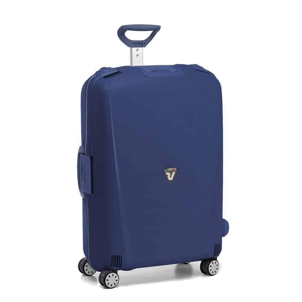 1fca03d790 ... e prodotti più conosciuti, ecco che fa la sua comparsa Roncato Light 4,  una valigia viaggio sicuramente imponente, importante, capiente e di  qualità.